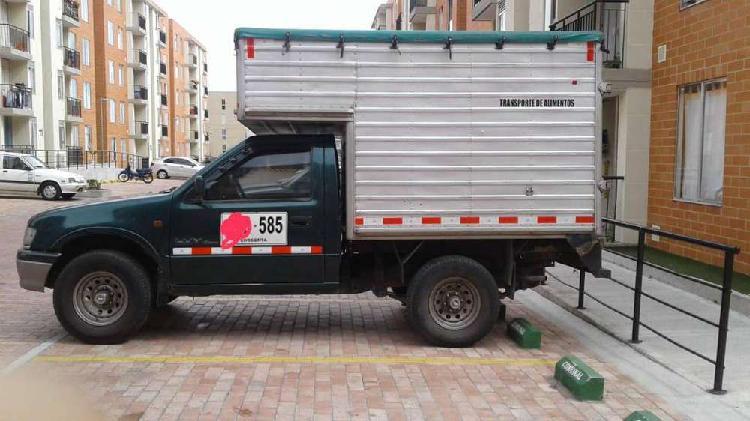 Camioneta tipo furgon Chevrolet luv 2.2 modelo 2000