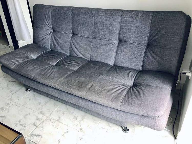 Se Vende Sofa Cama muy comodo