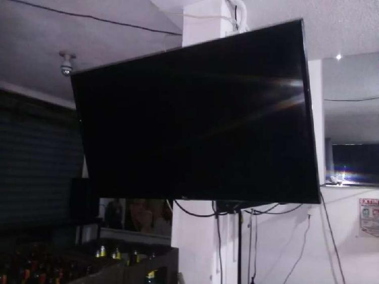 TELEVISOR LG SMART TV DE 43 PULGADAS