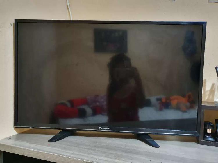"""TV Panasonic Smart 32"""""""
