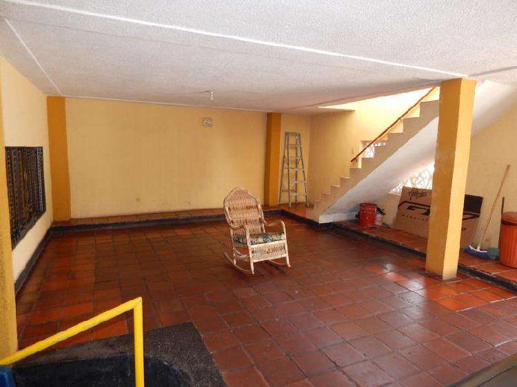 Casa En Venta En Barranquilla Paraiso CodVBARE79397
