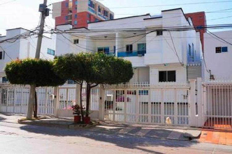 Casa En Venta En Barranquilla Villa Santos CodVBARE66750