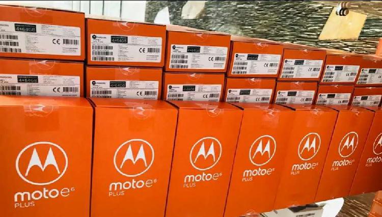Celular Motorola E6 Plus de 64 Gb