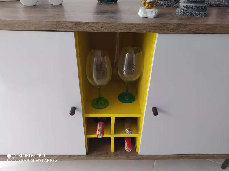 Se vende mueble licorera multifuncional