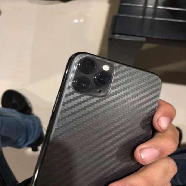 Vendo/Cambio iPhone 11 Pro Max de 256GB