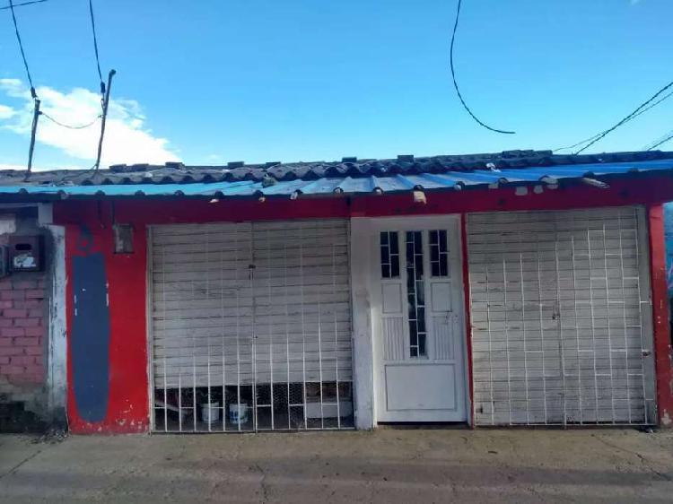 Vendo casa en el barrio Santo Domingo