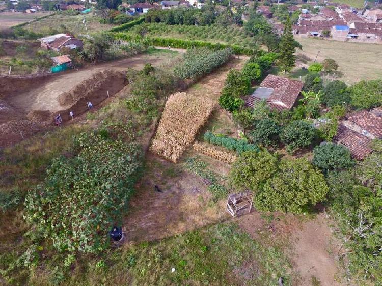 Lote de terreno en morelia a 8 km de roldanillo