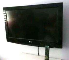 "TELEVISOR LG LCD 32"""
