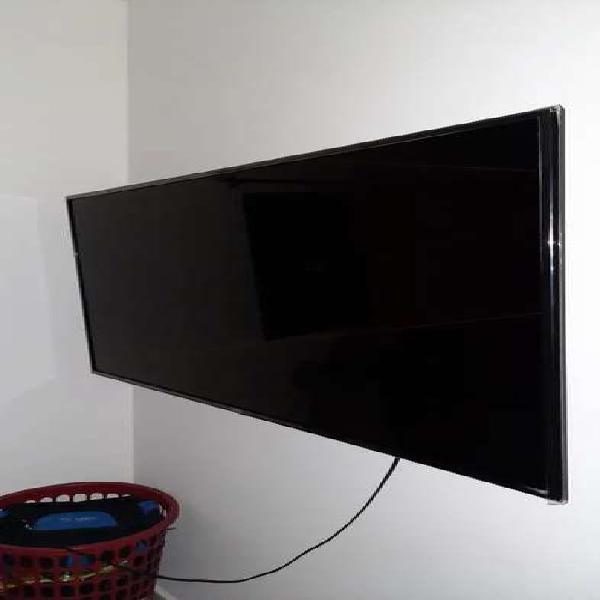 VENDO TV LG 55 PULGADAS EXCELENTE ESTADO
