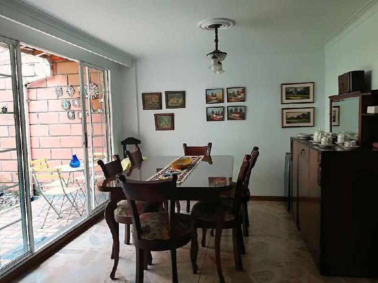 Casa en Venta Envigado sector Loma del Escobero _