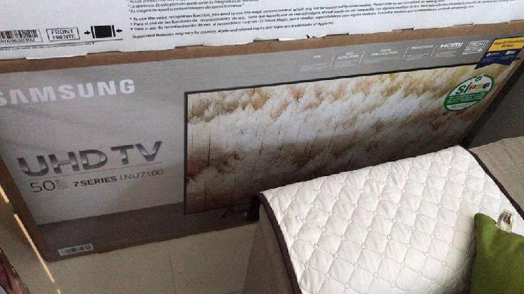 """Televisor Samsung """"50"""" smart 4k ( nuevo y garantizado)"""
