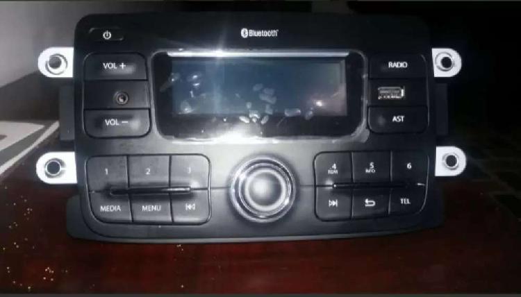 Vendo Radio para Renault con Bluetooth y USB