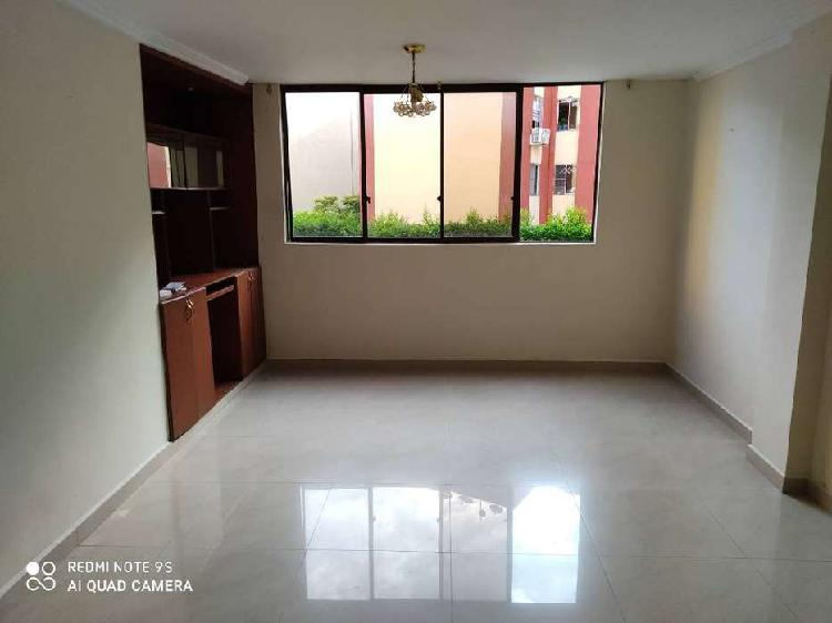 Alquilo Apartamento de 3 habitaciones-Sur Pasoancho con 52