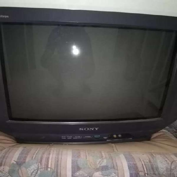 SE VENDE TV SONY
