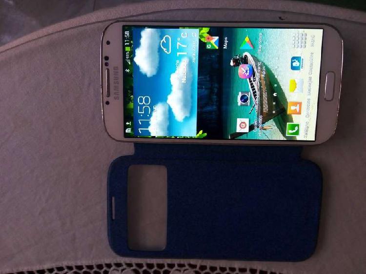 Se vende celular Samsung s 4