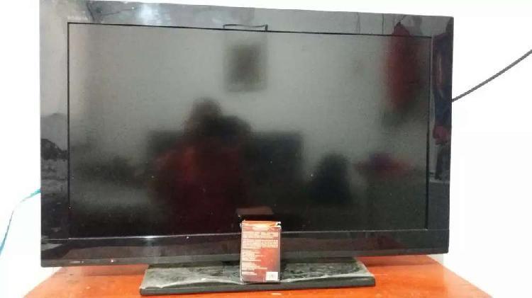 Vendo tv charp de 70 pulgadas para reparar pantalla no