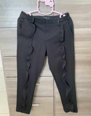 Pantalon negro ELA con boleros