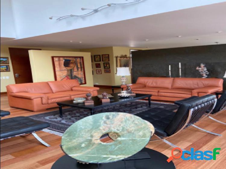 Apartamento Duplex en venta, ubicado en el Nogal