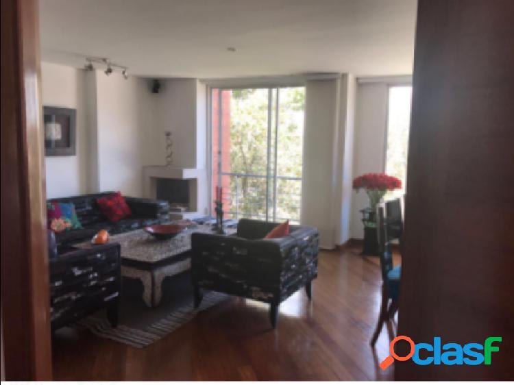 Apartamento duplex en venta, ubicado en Santa Barbara