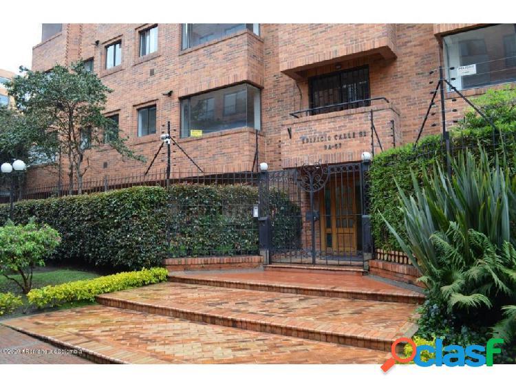 Apartamento en La Cabrera(Bogota) RAH CO: 20-1398