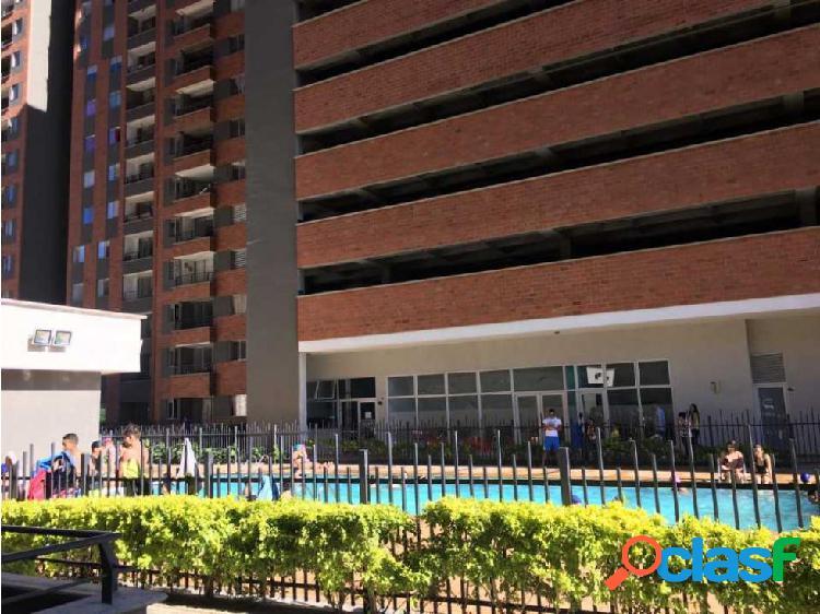 Apartamento en venta de 65 m2, Machado- Bello