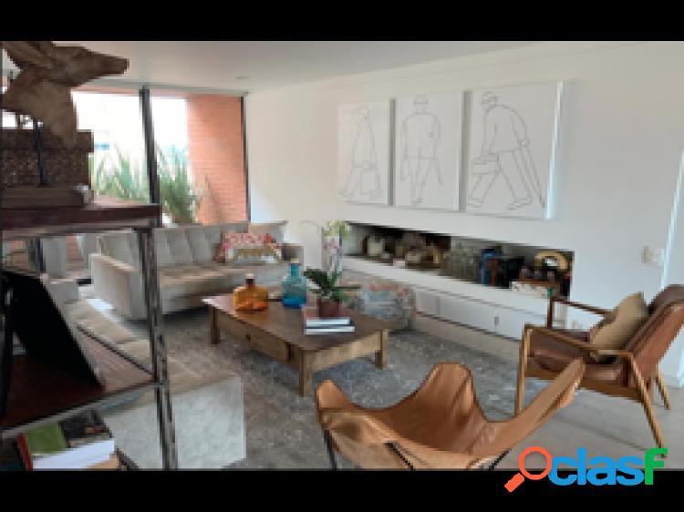 Apartamento en venta, ubicado en Santa Ana