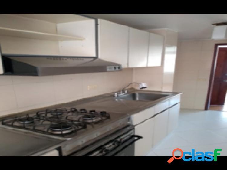 Apartamento para la venta, en Contador