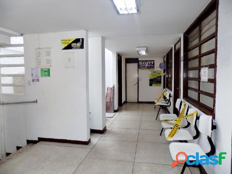 Arriendo Piso de Oficinas Centro, Manizales