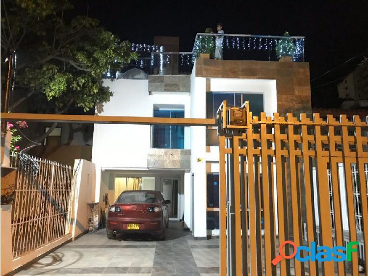 Arriendo - Vendo casa - hostel en Santa Marta, Magdalena