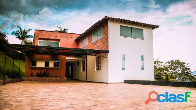 Casa En Medellín Los Balsos 5243959