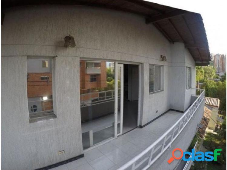 Casa en venta de 162 m2 en La Paz en Envigado