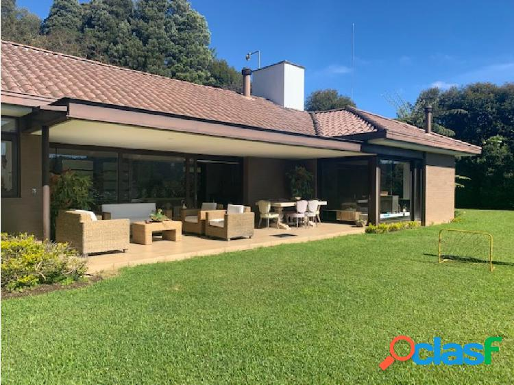 Casa en venta en Altos del Escobero, Envigado