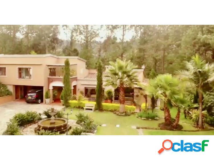 Casa para la venta en Envigado Loma del Escobero