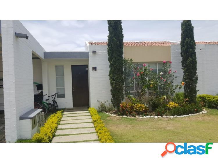 Casa para la venta en Hacienda El Castillo vía Jamundí