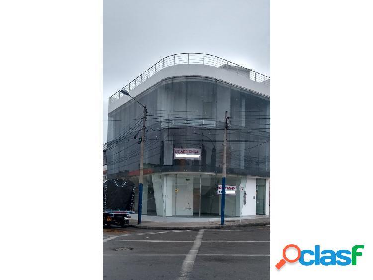 EDIFICIO OFICINAS, LOCAL ARRIENDO GAITAN DE 420 M2