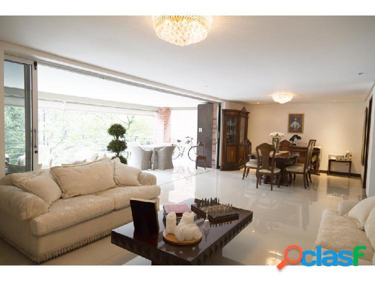 Hermosa y acogedora casa para la venta en Benedictinos