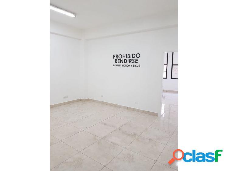 Oficina en arriendo en el Centro de Medellín