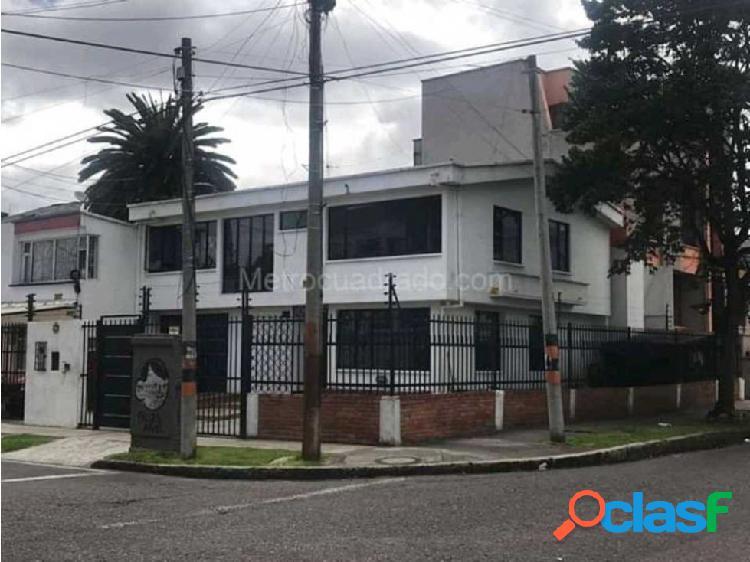 SE VENDE EXCELENTE CASA EN PONTEVEDRA