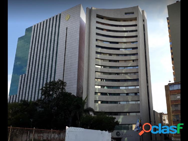 SE VENDE OFICINA EN EL EDIFICIO DE LA CAMARA DE COMERCIO