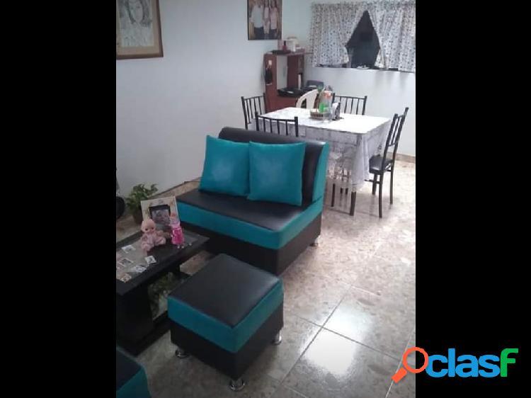 Se vende Casa Barrio Universal Armenia