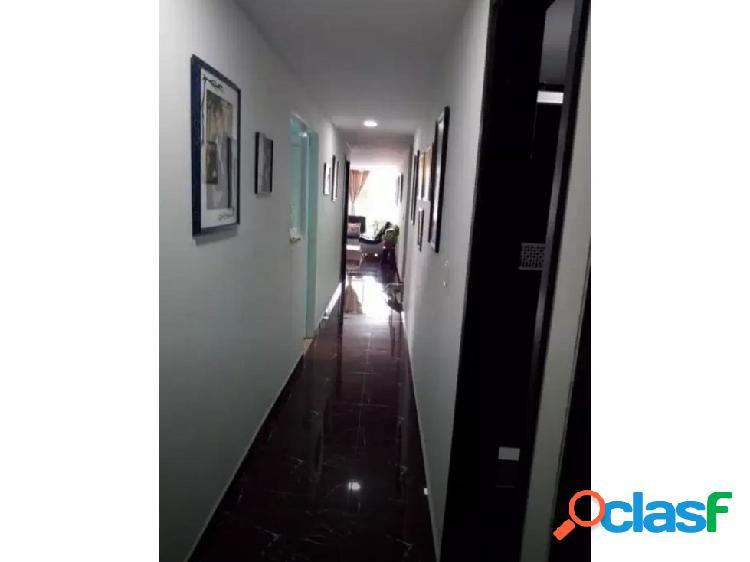 Se vende apartamento, Av. Simón Bolivar, Dosquebradas.