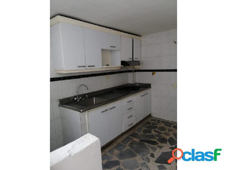 Se vende apartamento en Robledo – Santa Maria