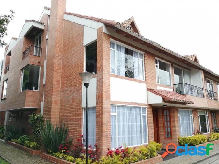 Se vende casa en sector delicias norte