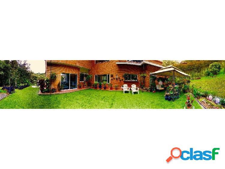 Venta casa campestre en Envigado, sector El Escobero
