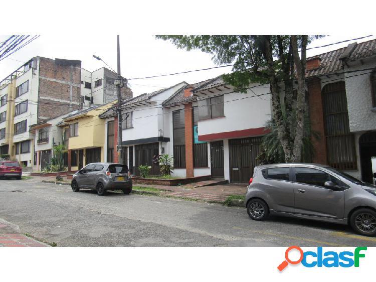 Venta casa en el barrio la Elvira Pereira