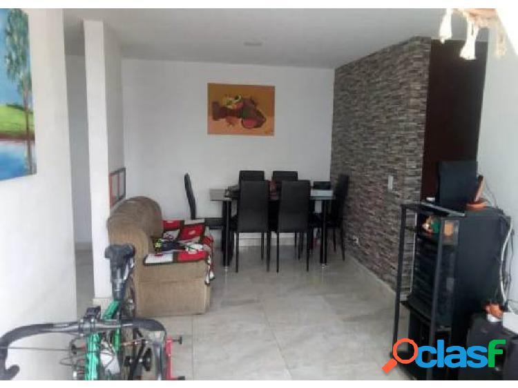 Venta de apartamento cerca al Centro de la Moda, Itagüí