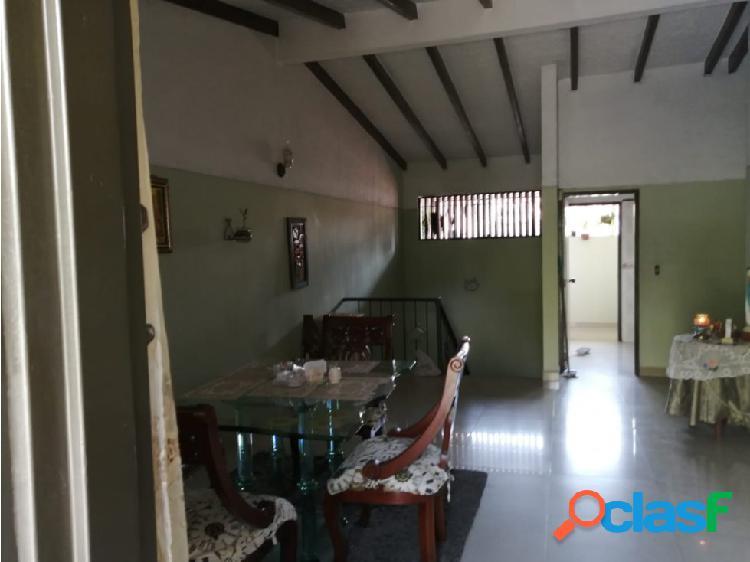 casa en propiedad horizontal barrio Las vegas. 100m2.