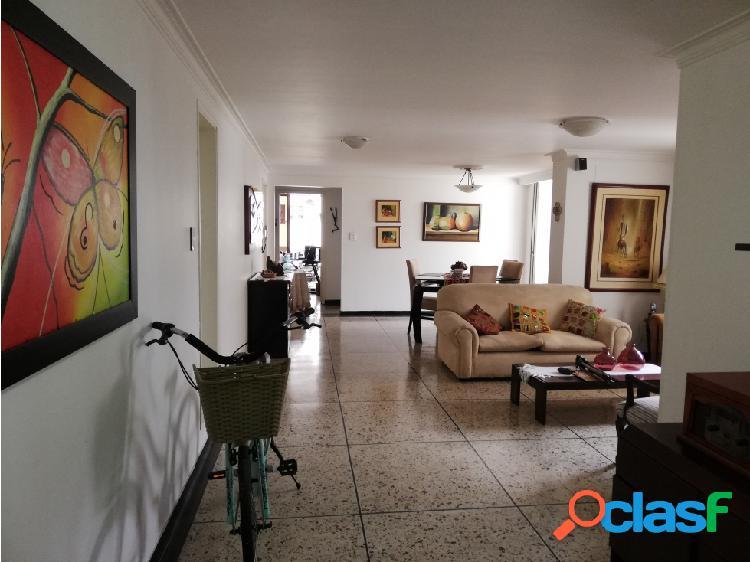 Se vende Apartamento en Pinares