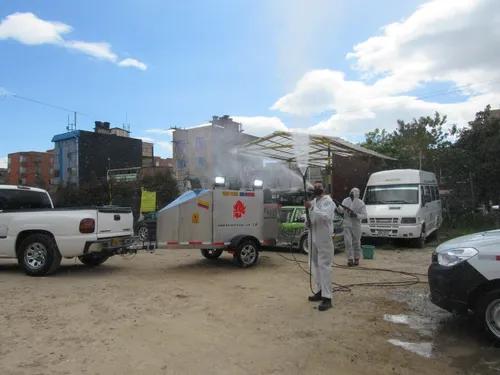 Trailer Con Equipo Especial Para Desinfeccion Y Lavado Profe