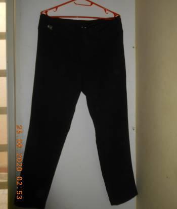 Pantalon de tela negro